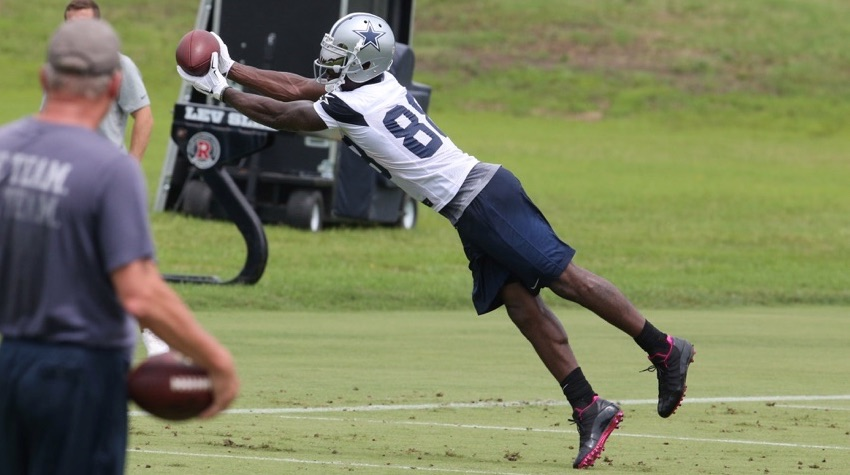 Dez Bryant Upset About How His Hands Have Been Characterized