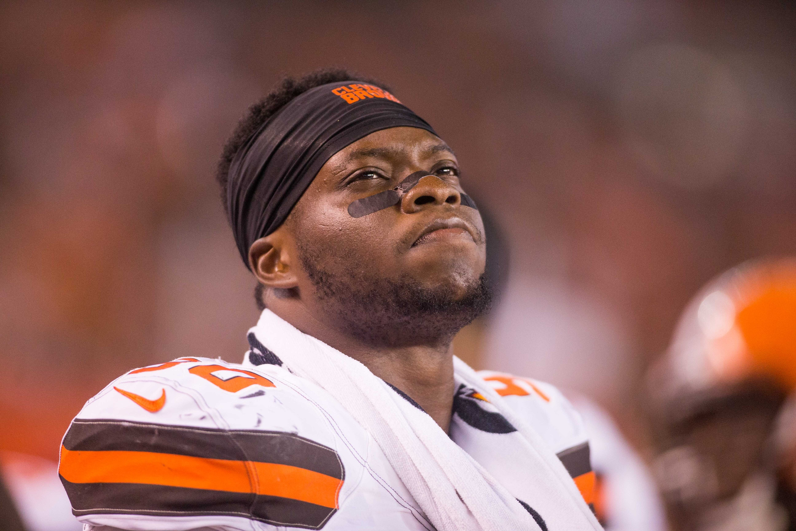 Emmanuel Ogbah: NFL Roundup: Emmanuel Ogbah's Production Hidden In