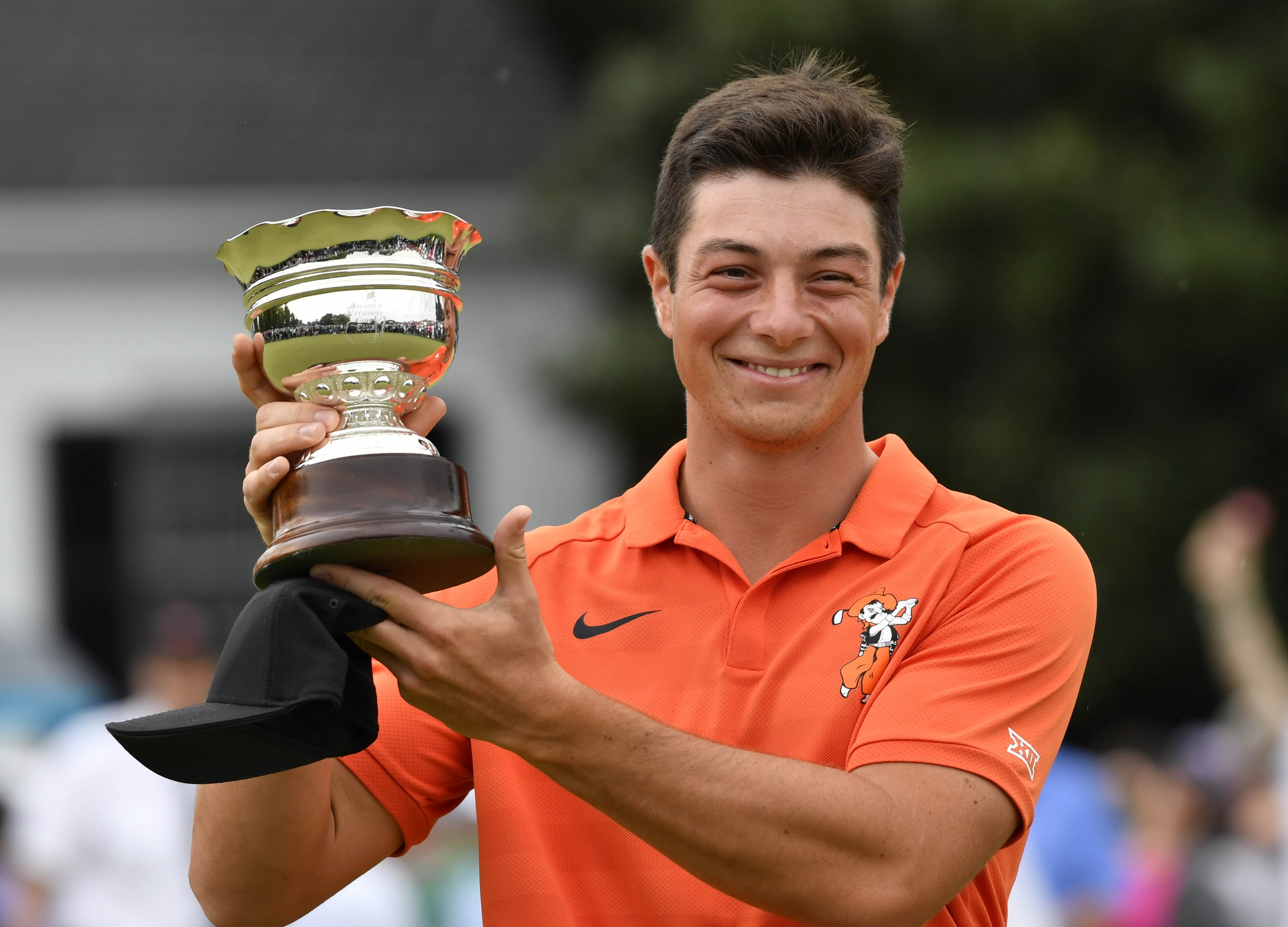 viktor hovland wins low amateur at masters  sits in butler